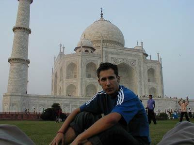 Ümit Konuray vor dem Taj Mahal
