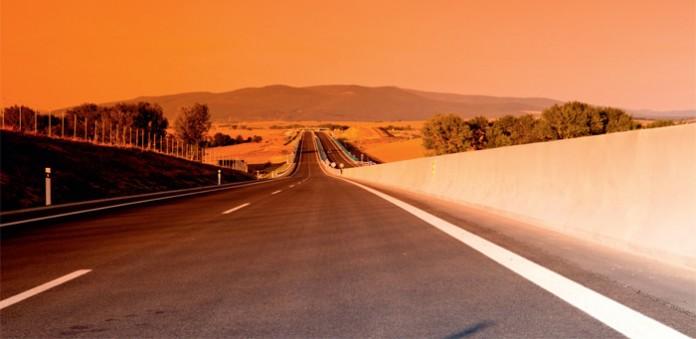 Betonschutzwand an der R 1 zwischen Tekovské nemce und nitra in der Slowakei – ein PPP-Projekt. Foto: Eurovia