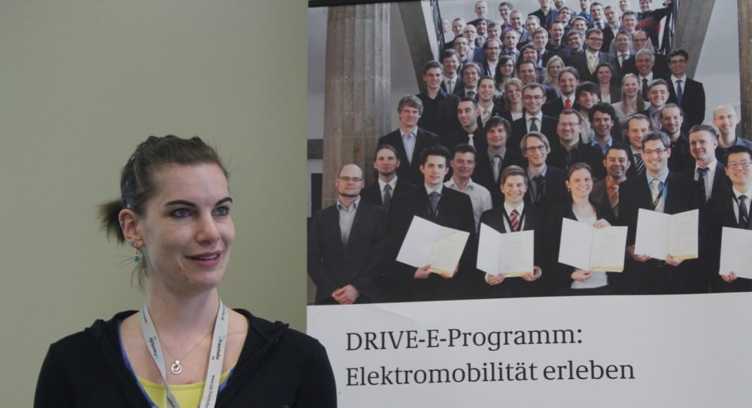 Studienpreis-Trägerin Lisa Braun stellt ihre Arbeit vor, Foto: DRIVE-E