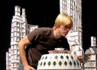 Cardstacker Bryan Berg, Foto: Bryan Berg