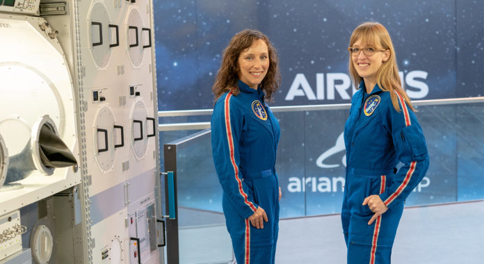 Astronautinnen Dr. Suzanna Randall, Dr. Insa Thiehle-Teich, Foto: Jörg Klampäckel
