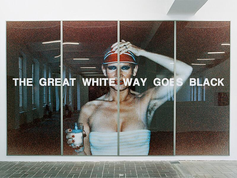 Katharina Sieverding, THE GREAT WHITE WAY GOES BLACK, IX-1977 © Katharina Sieverding, VG Bild-Kunst, Bonn 2020