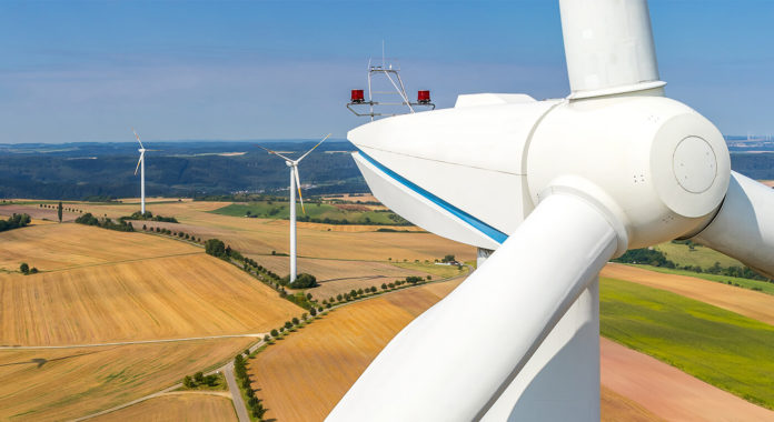 Windenergie hat Zukunft, FFoto: AdobeStock/ TimSiegert-batcam